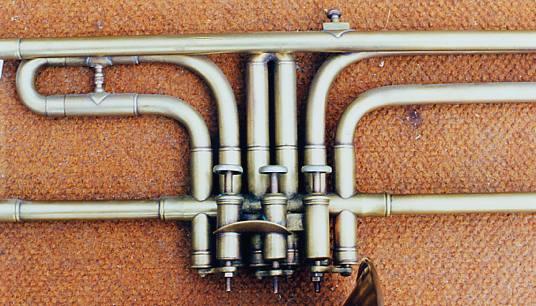 typologie des instruments vent fonctionnement d 39 un piston. Black Bedroom Furniture Sets. Home Design Ideas